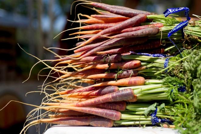 Geoff.carrots.01